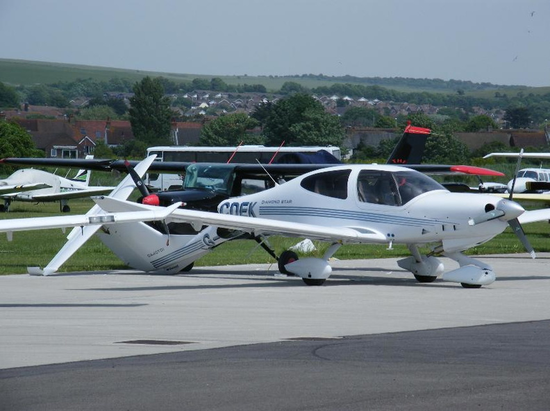 DA40Shoreham.jpeg